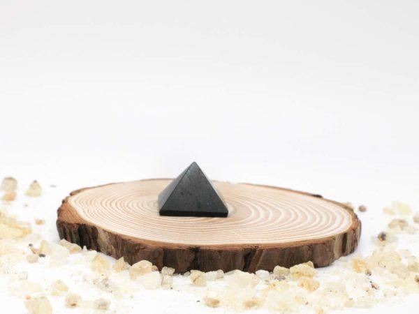 Turmalina pirámide pequeño